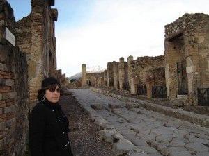 teresa _streets of pompeii