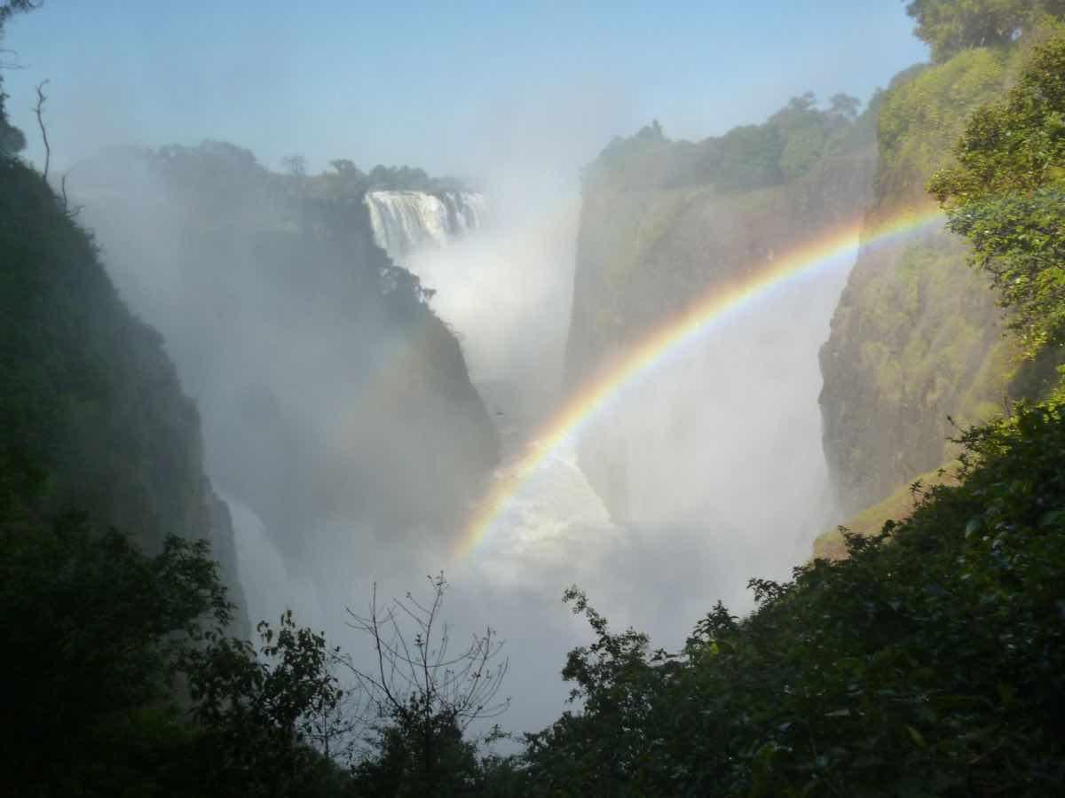 vic-falls-rainbow