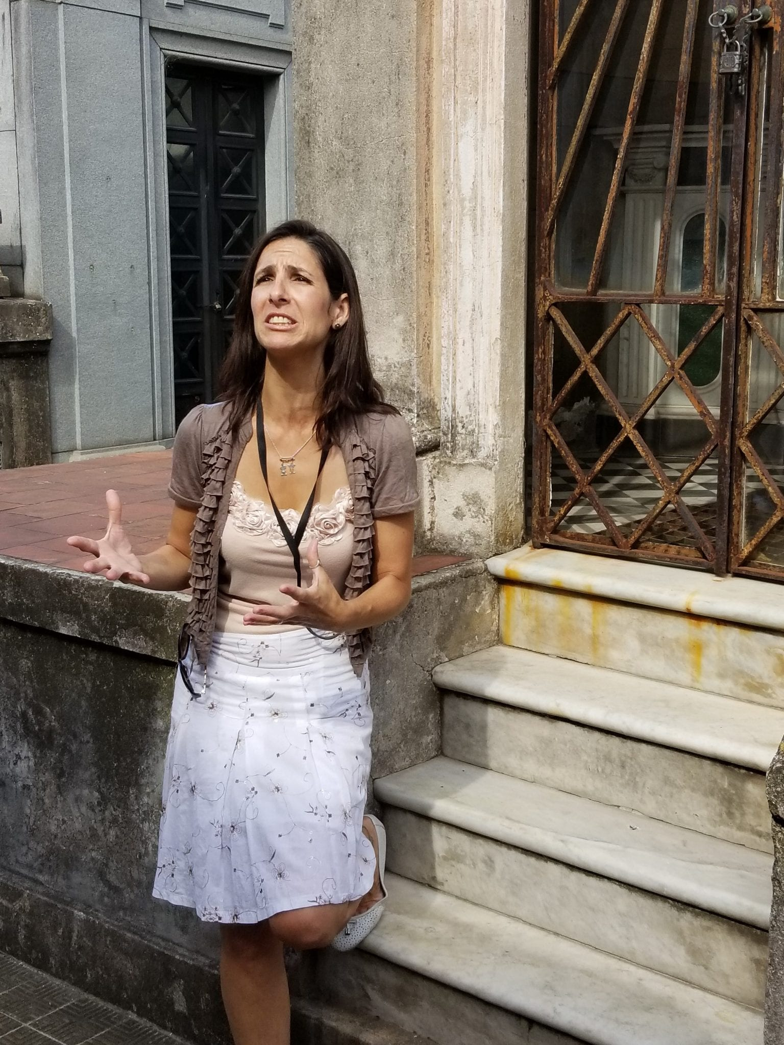 #4 emotional local guide telling Evita's story - Copy